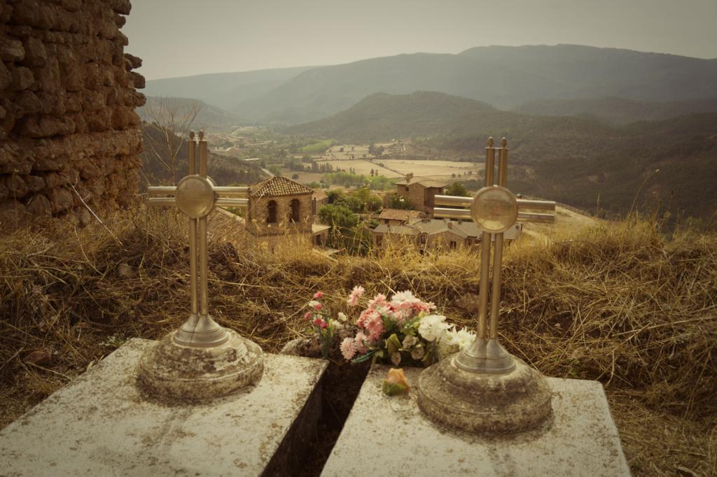 Tumbas en el castillo de Riópar Viejo
