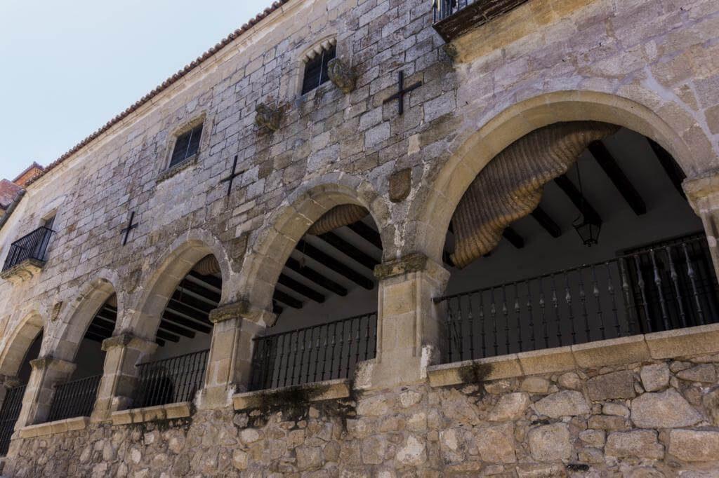 Casas Principales de los Chaves-Sotomayor.