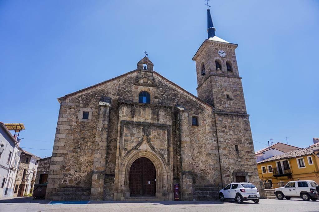 Iglesia Parroquial Santiago Apostol.