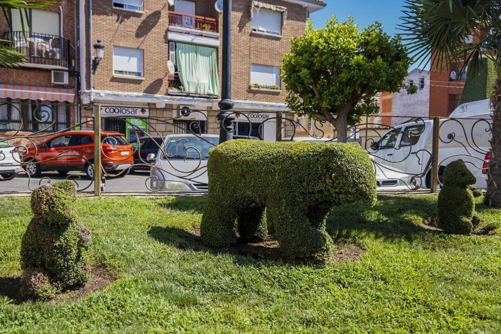 Esculturas de animales en la localidad.