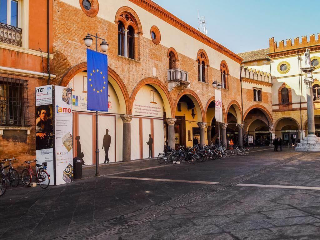 ¿Qué ver en Rávena en 1 día? Piazza del Popolo.
