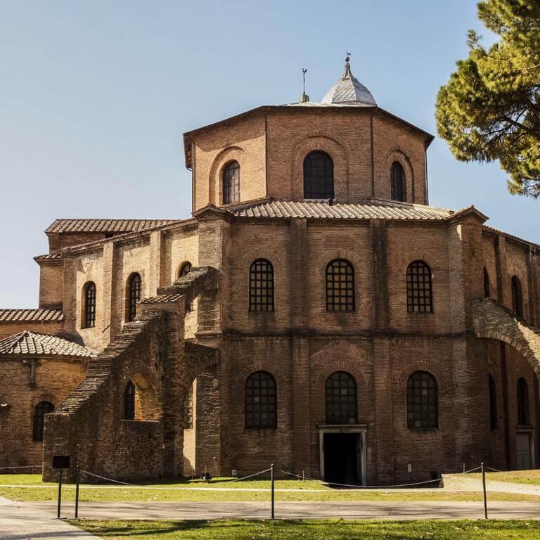 Basilica de San Vital en Rávena.
