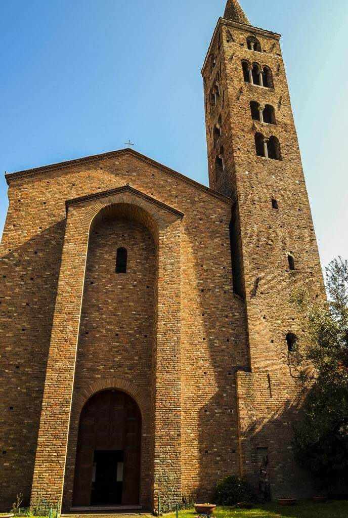 Iglesia de San Giovanni Evangelista en Rávena.