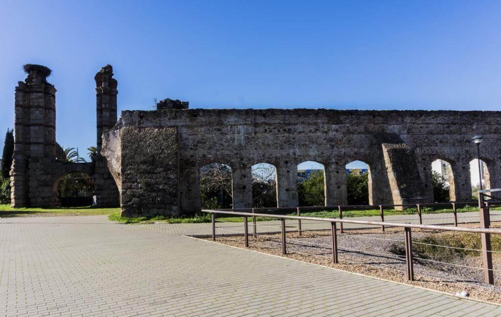Acueducto de San Lázaro.