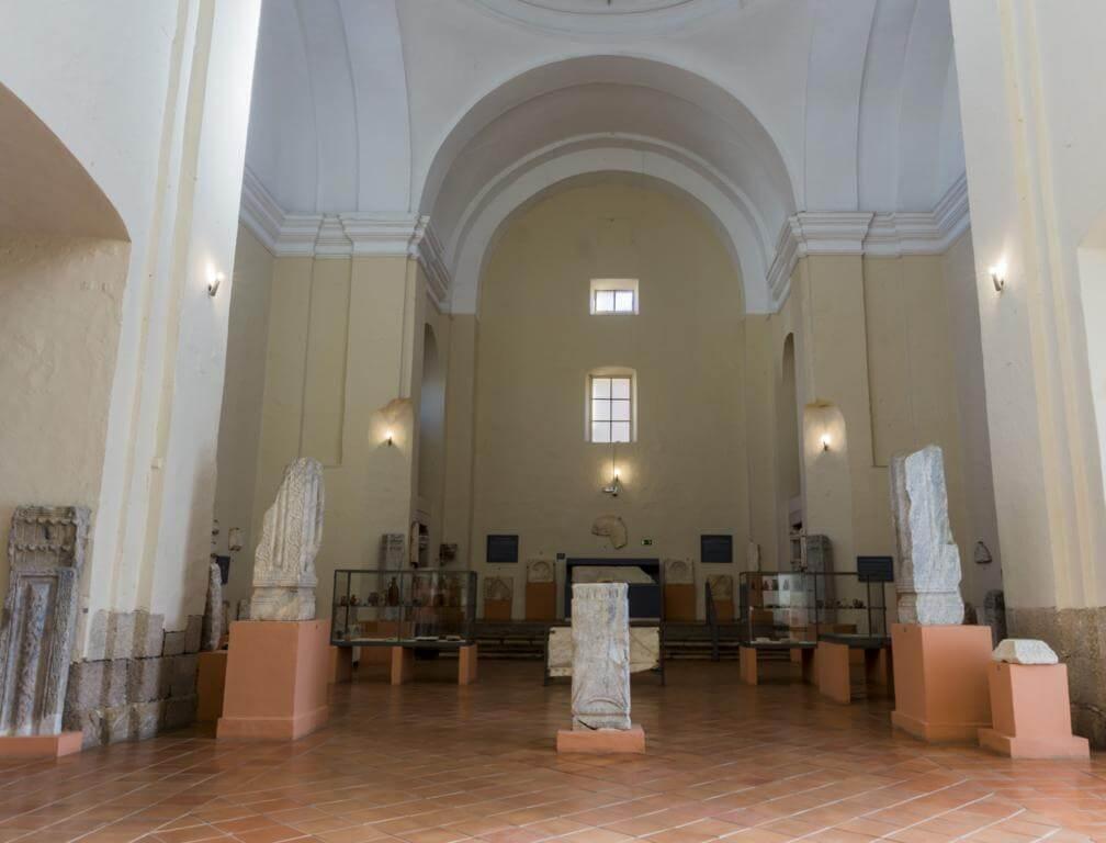 ¿Qué ver en Mérida en dos días? Iglesia de Santa Clara.