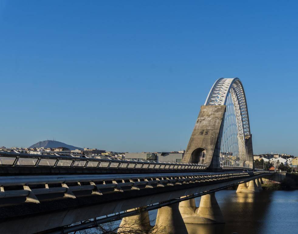 ¿Qué ver en Mérida en dos días? Puente de Lusitania.