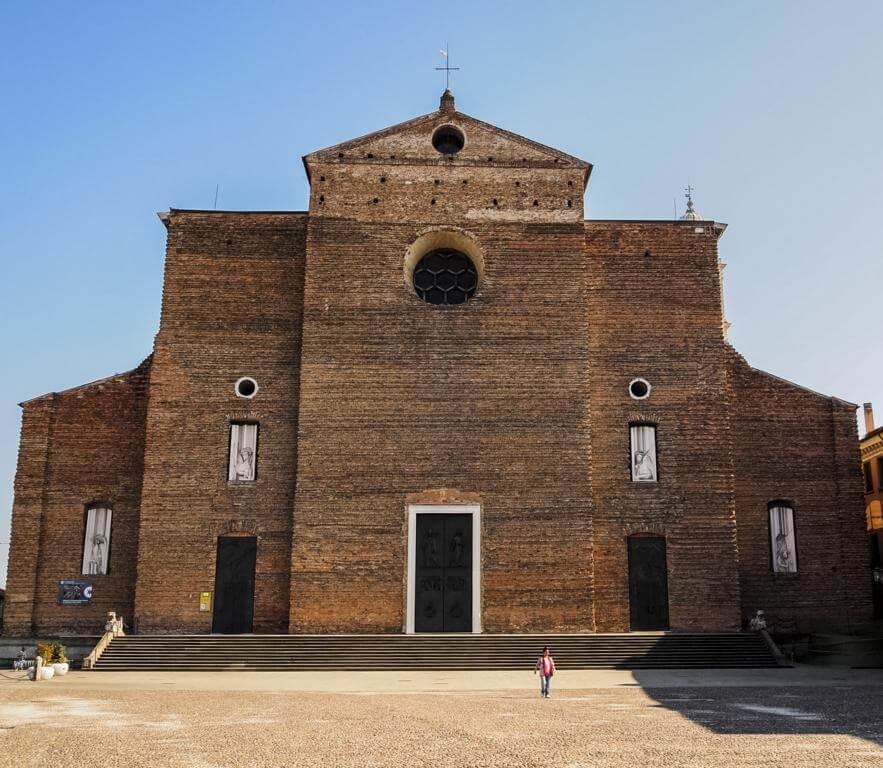 ¿Qué ver en Padua en 1 día? Basílica de Santa Justina.