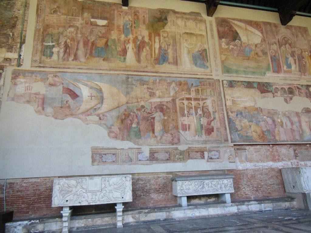 Frescos decorativos del camposanto