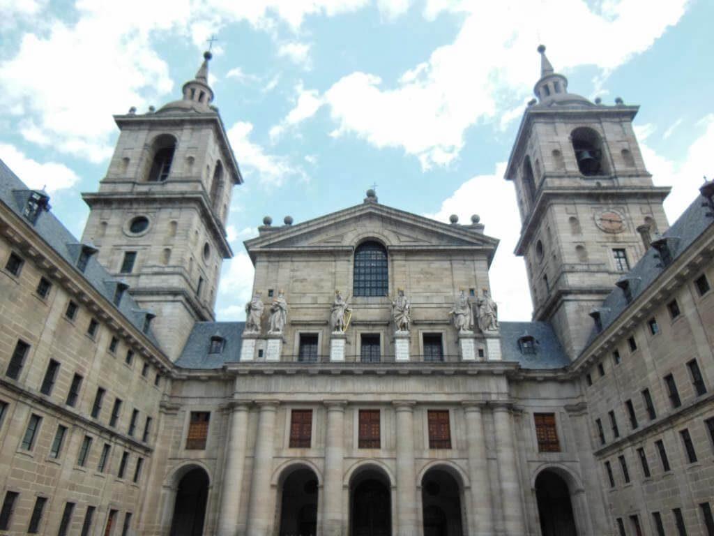 Fachada del monasterio del Escorial