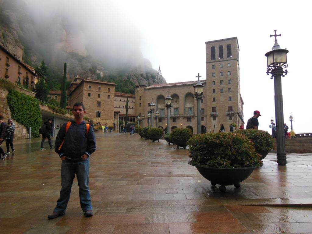 Europeos Viajeros en Montserrat.
