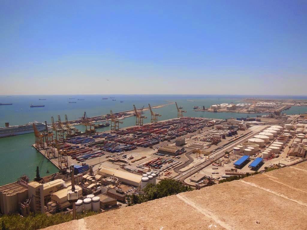 Vistas al Puerto de Montjuïc desde el castillo