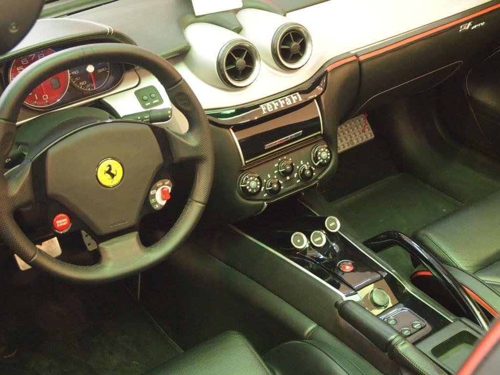 Interior de Ferrari