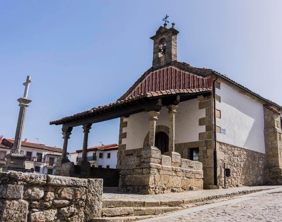 Ermita del Cristo Refugio en Candelario.