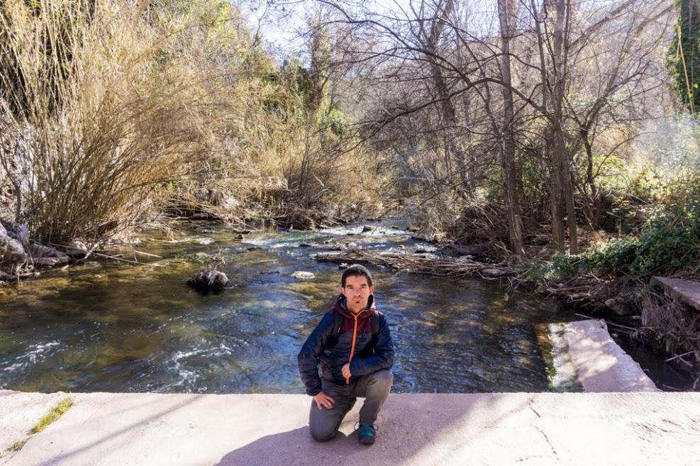 Puente antes de acceder a la localidad de Ayna