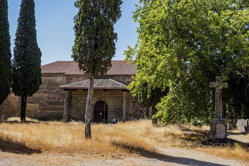 Santuario del Robledo.