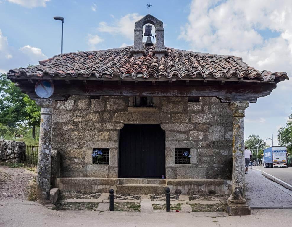 ¿Qué ver en La Alberca? Ermita de San Antonio.