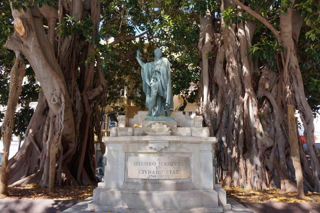 Estatua de Isidoro Máiquez