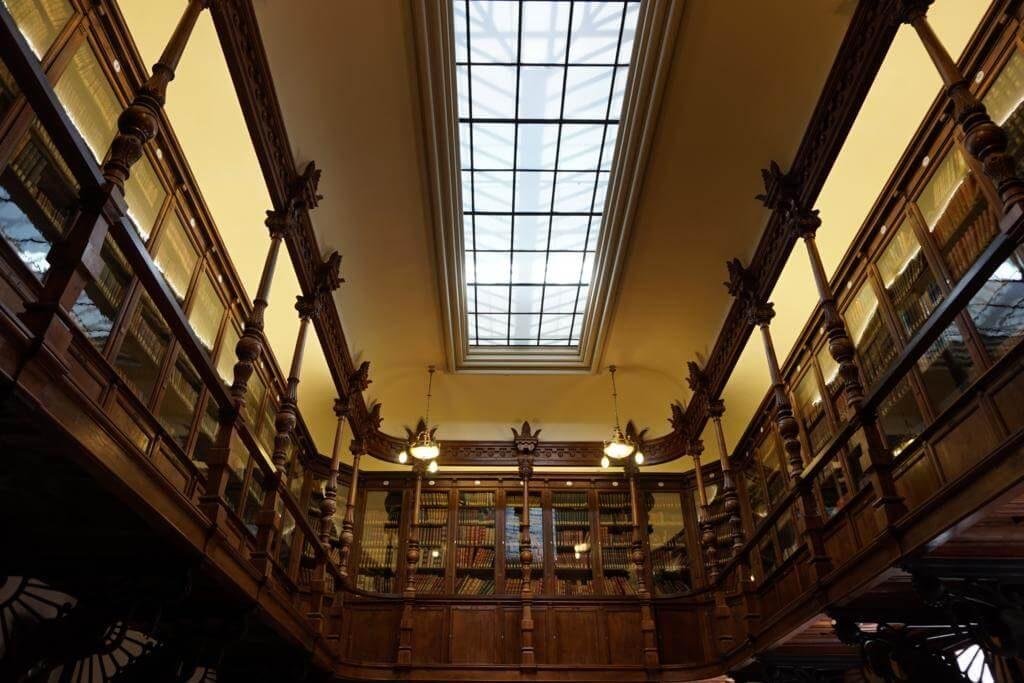 Biblioteca del Casino