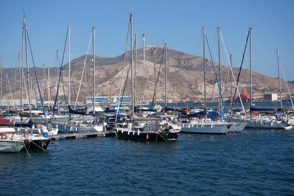 Barcos que veremos durante el recorrido turístico